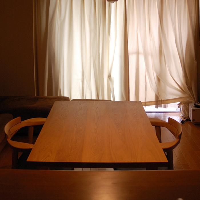ご納品したテーブルの天板の木目の様子