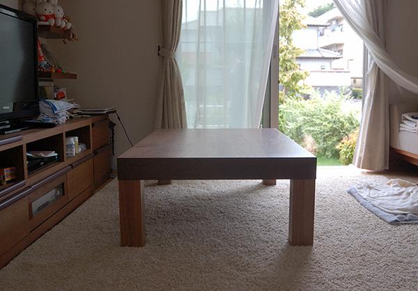 無垢オーダーテーブル/アメリカンブラックウォールナットで製作したアッツテーブルロータイプ、ご納品の様子です