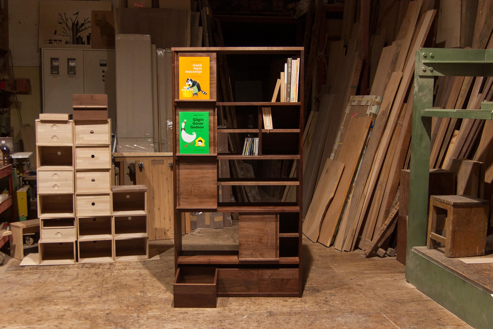 絵本のための本棚 TANA本棚