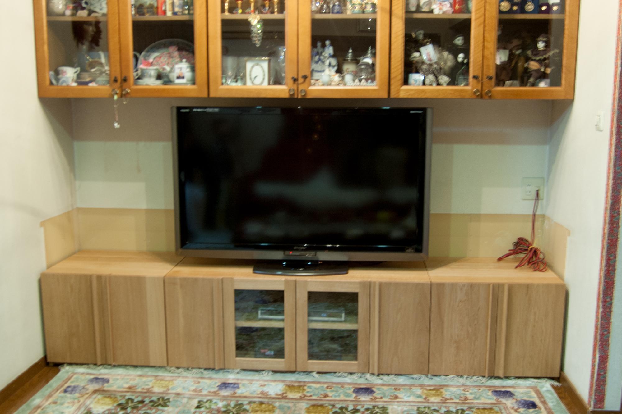 TANA 壁面に合わせたテレビボード
