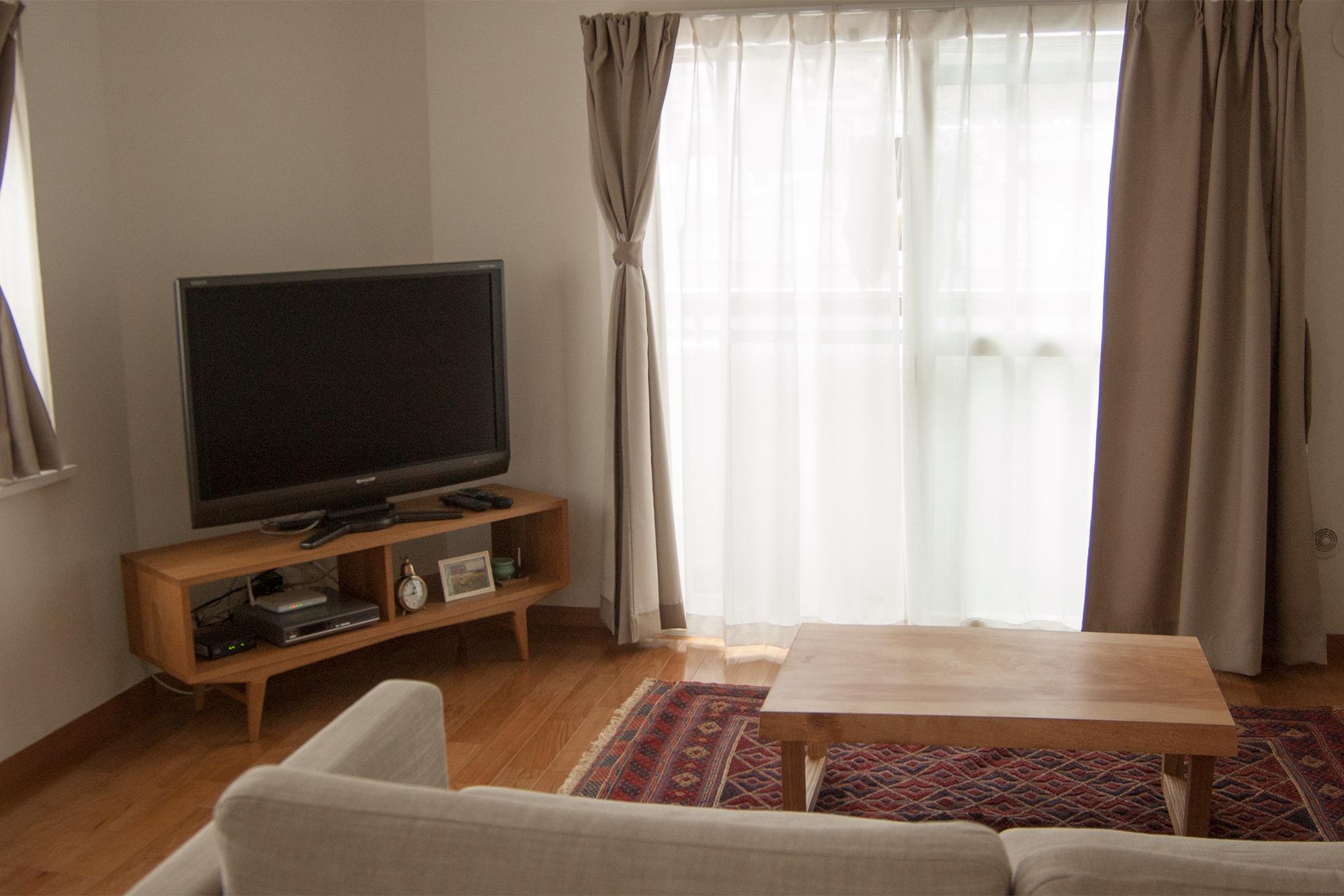 ご新居のための無垢材の家具