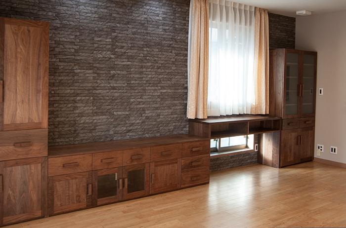 オーダー家具/無垢アメリカンブラックウォールナット材TANA食器棚画像