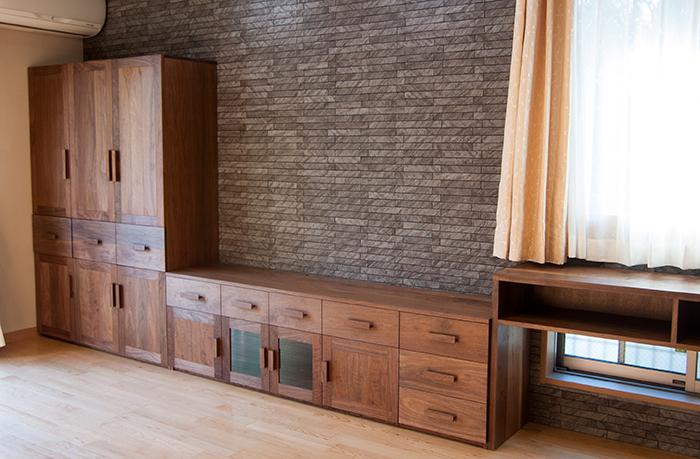 オーダー家具/ウォールナット材 壁面収納