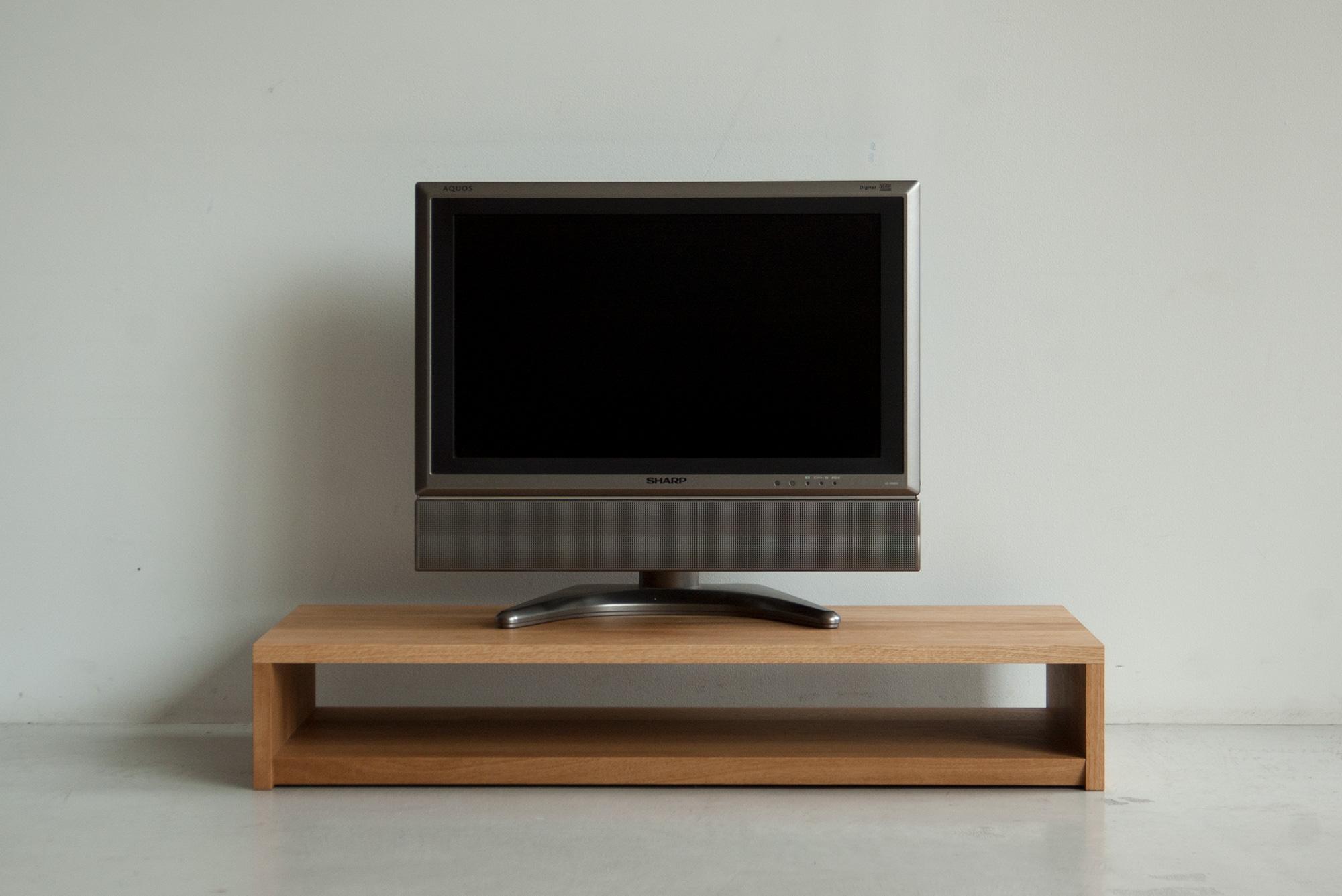 TANA シンプルなテレビボード タモ材