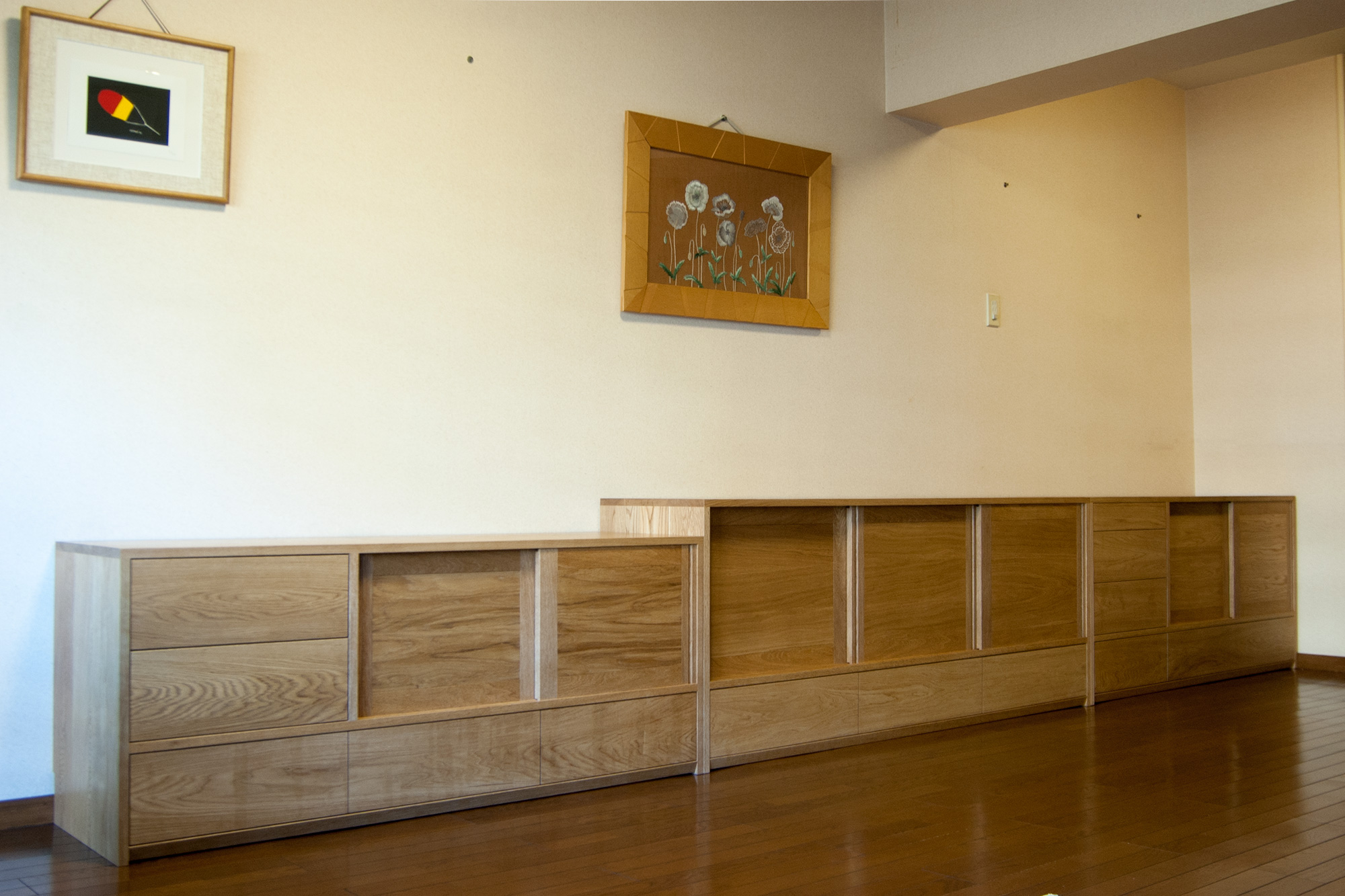 TANA収納棚とテレビボード