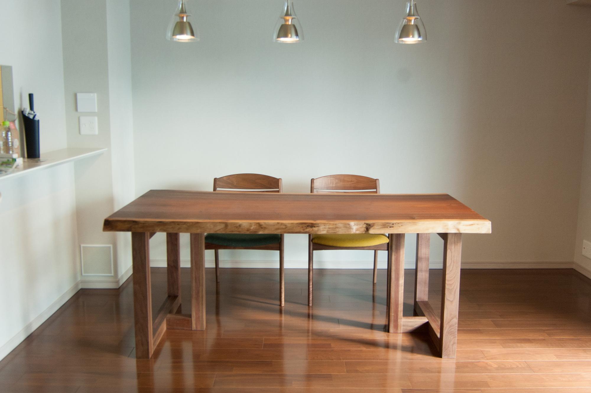 ウォールナット一枚板天板テーブル