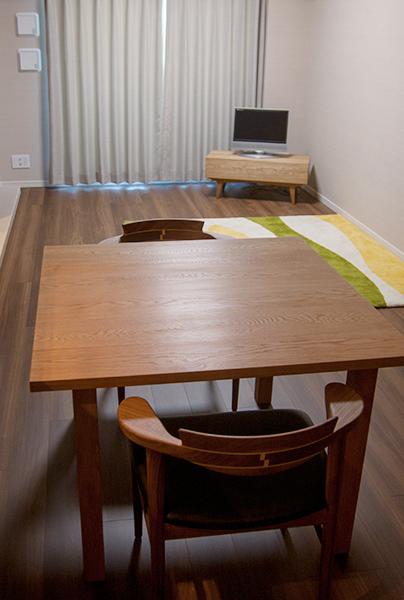 無垢オーダー家具/テーブルとテレビボード