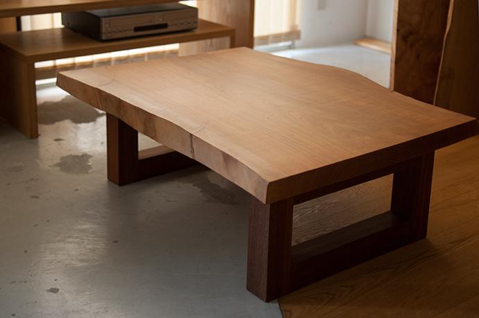 無垢天板|本桜の一枚板、ローテーブルバージョン