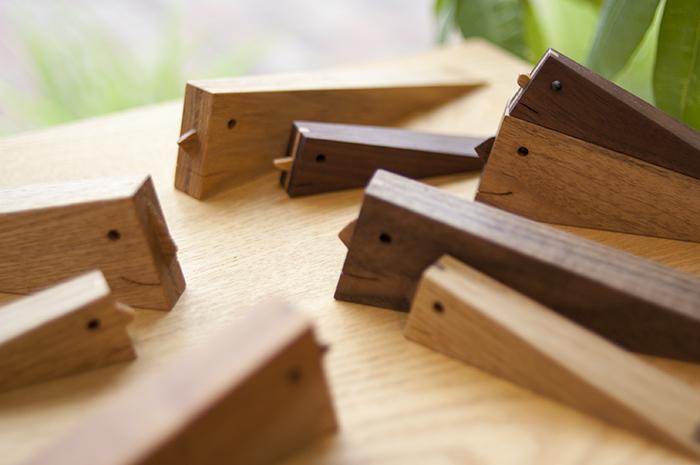 木の小物|ドアストッパー「ミスター・ストッパー」