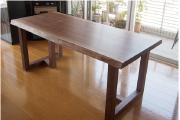 ご納品したアメリカンブラックウォールナット一枚板天板ダイニングテーブル、2台