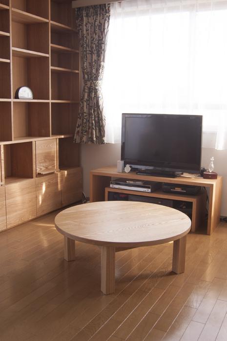 無垢オーダーテーブル、スタンダードテーブル・丸テーブルタイプです