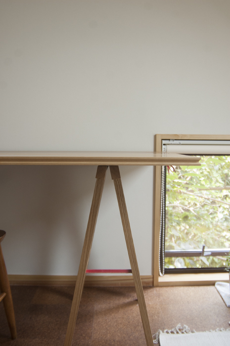 折りたたみ式無垢テーブル