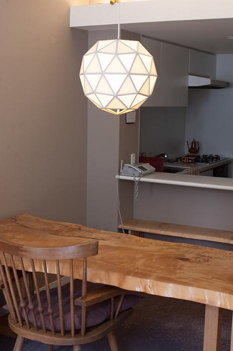 照明「TSUKIKA / S / 一重貼り」ご納品の様子