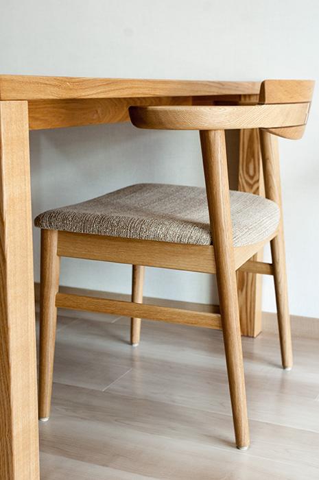 タモ材で製作した、スタンダードテーブル・タイプ2