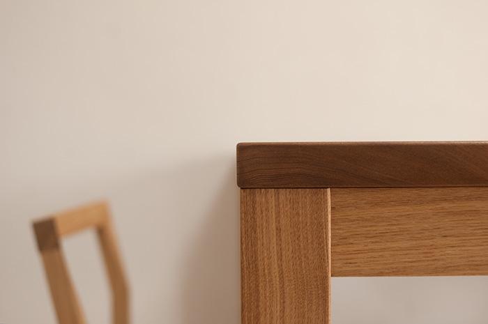 オーダー製作でご注文いただいた、スタンダードテーブル・タイプ2、ご納品の様子です