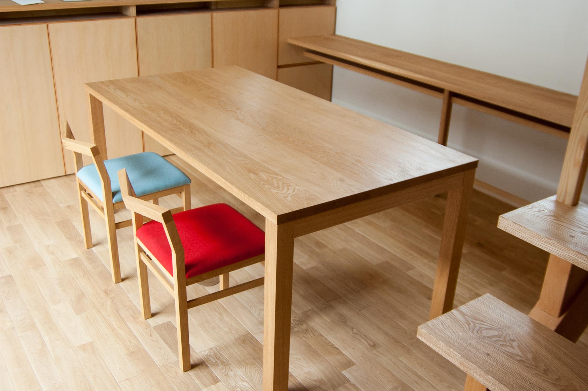 ナラ材スタンダードテーブル・タイプ2