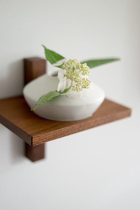 iitaka kousaku ceramic work + WOODWORK + yukiko kaiho flowers