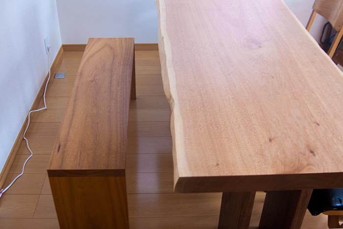 ATDZ BENCH 無垢天板テーブル ご納品の様子