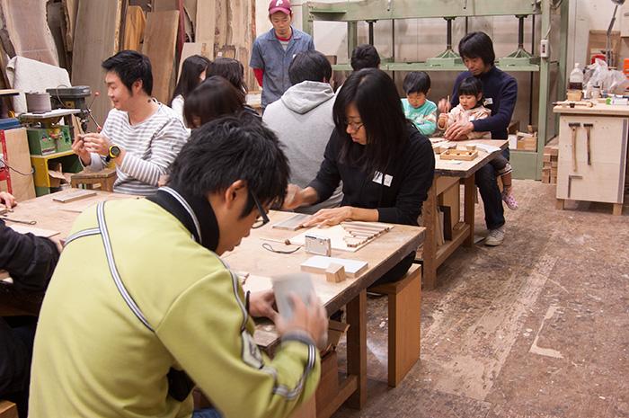 2009年11月開催のクリスマスツリーワークショップ