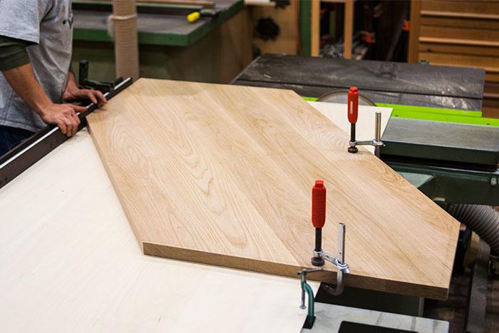 製作が進むTANAキッチン収納用の天板です