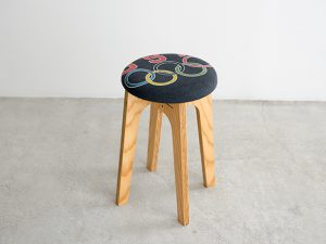 old clothes stool OCS-003