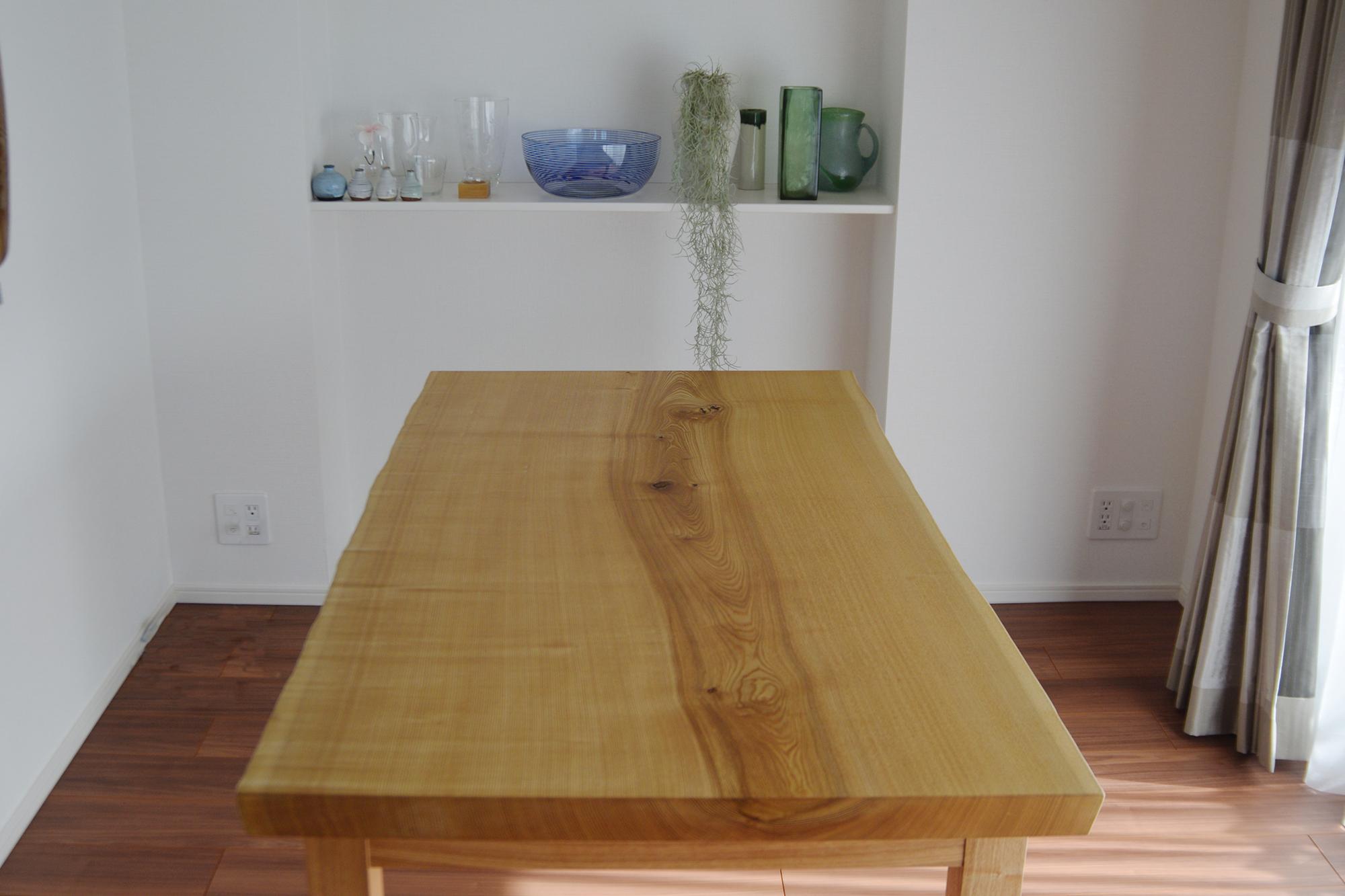 タモ一枚板天板テーブル