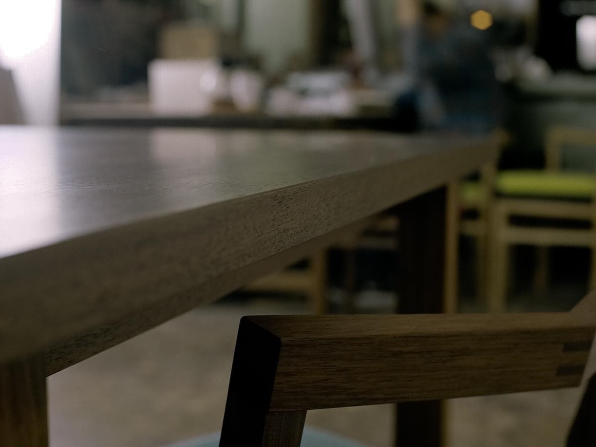 スタンダードテーブル ウォールナット (椅子:ピコチェア・ウォールナット)
