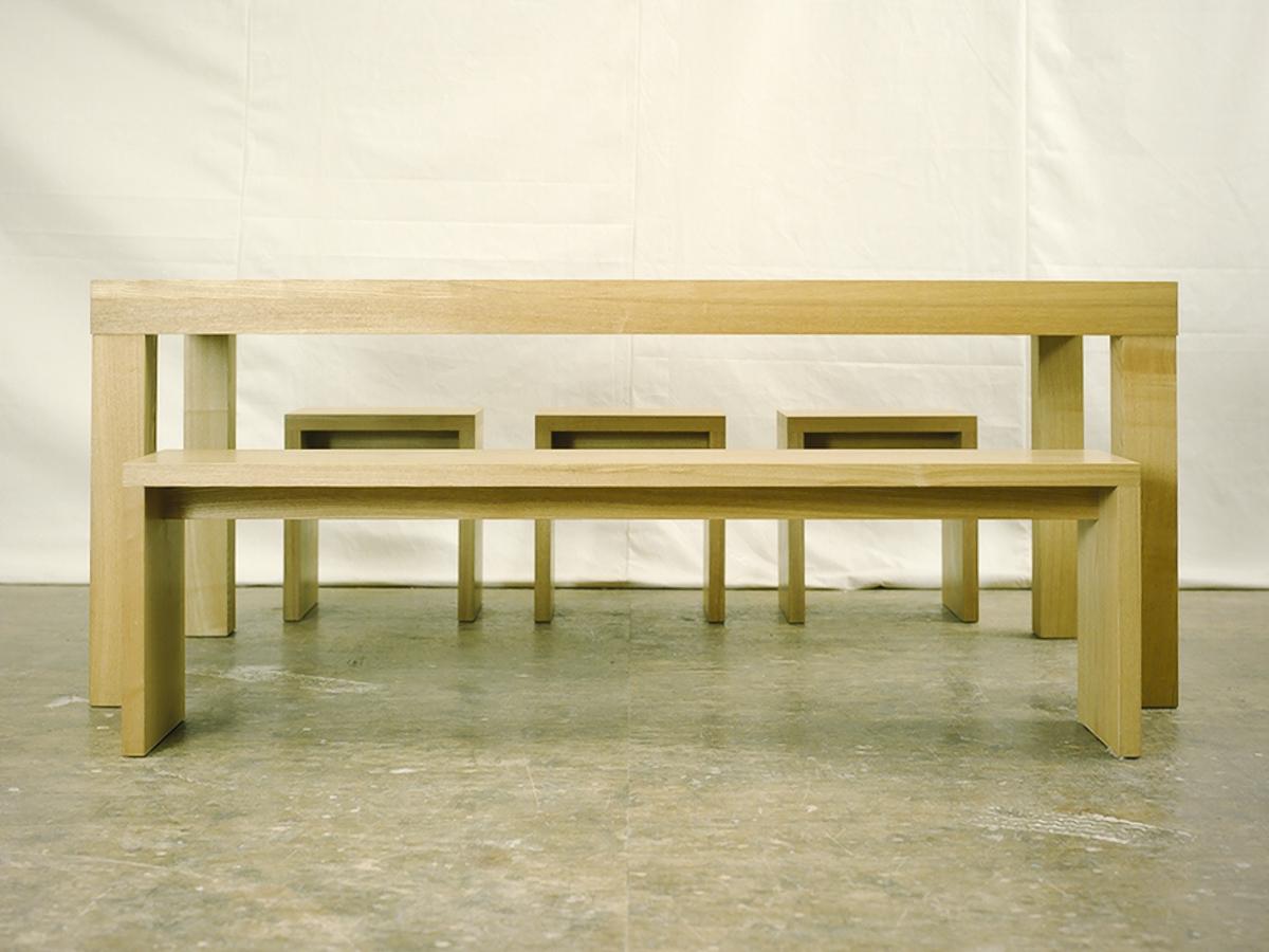 アッツテーブルとアッツベンチ、アッツスツール