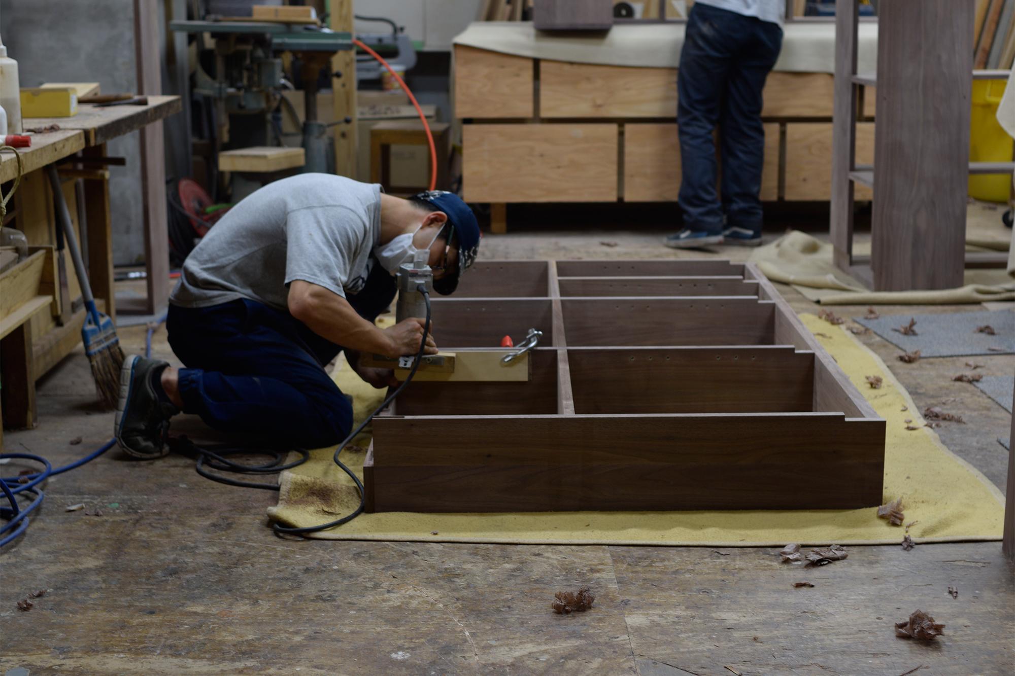 TANA 収納 棚 本棚 可動棚 オーダー 家具 ウォールナット