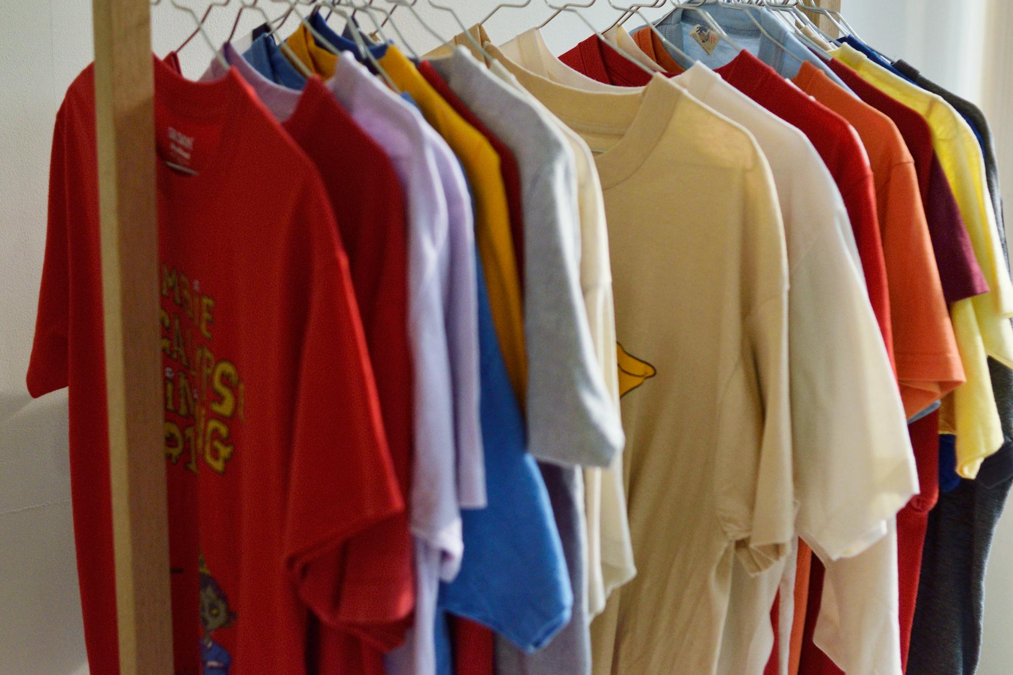 セレクトして店頭で販売しているTシャツ