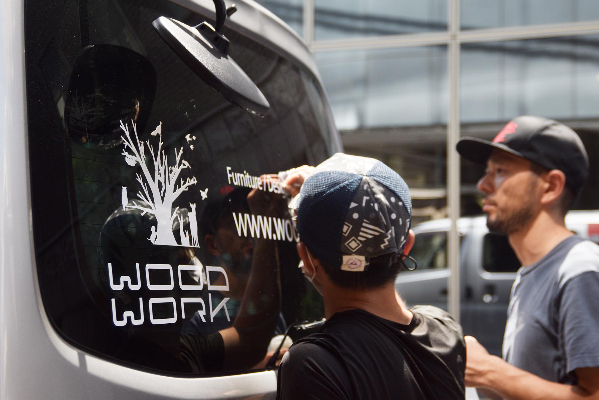 caravan カッティングシート ロゴマーク WOODWORK