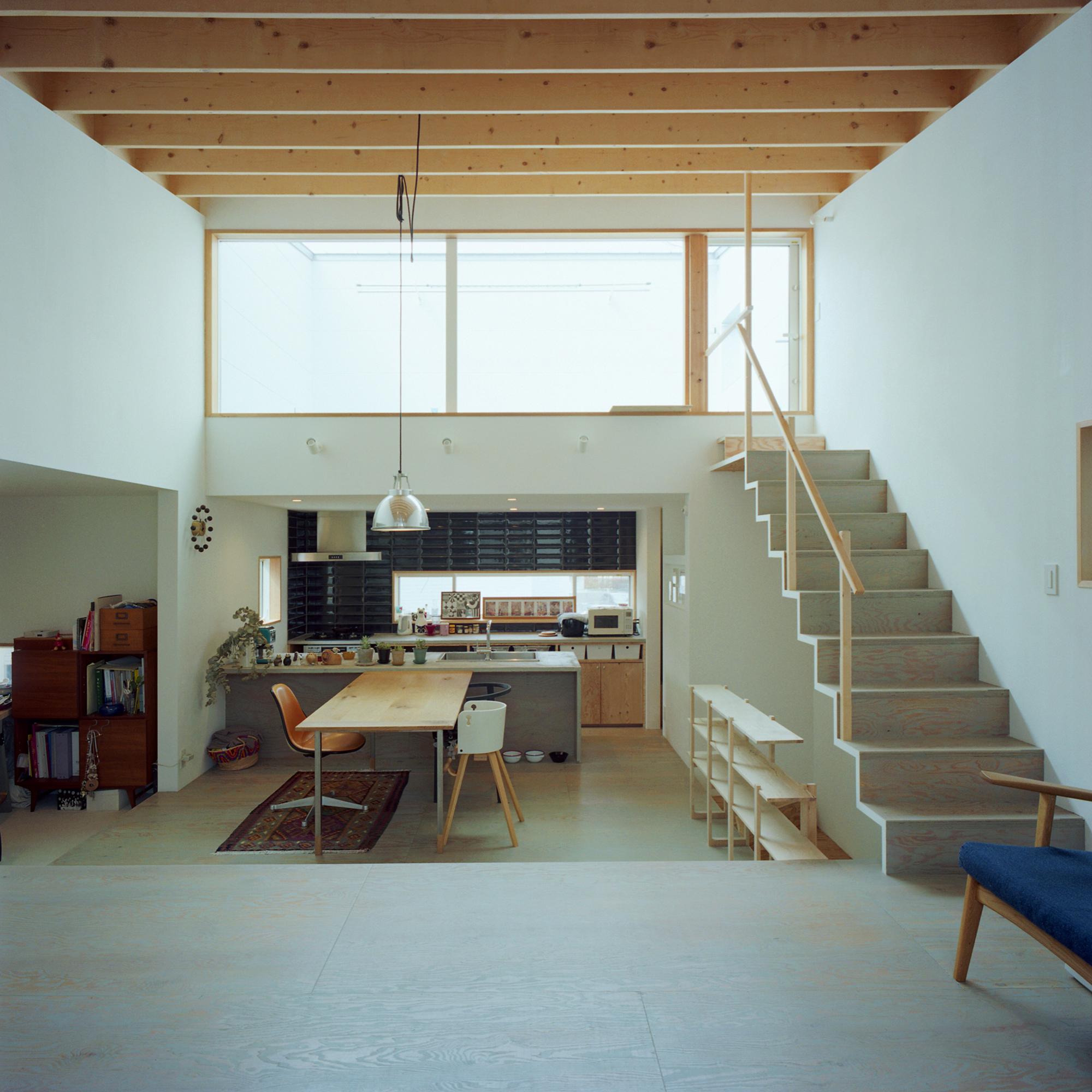 AIDAHOが設計した「北側で光をつかまえる家」