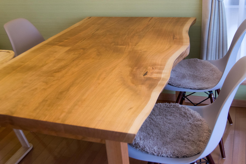 アメリカンチェリー材 3枚接ぎ天板テーブル