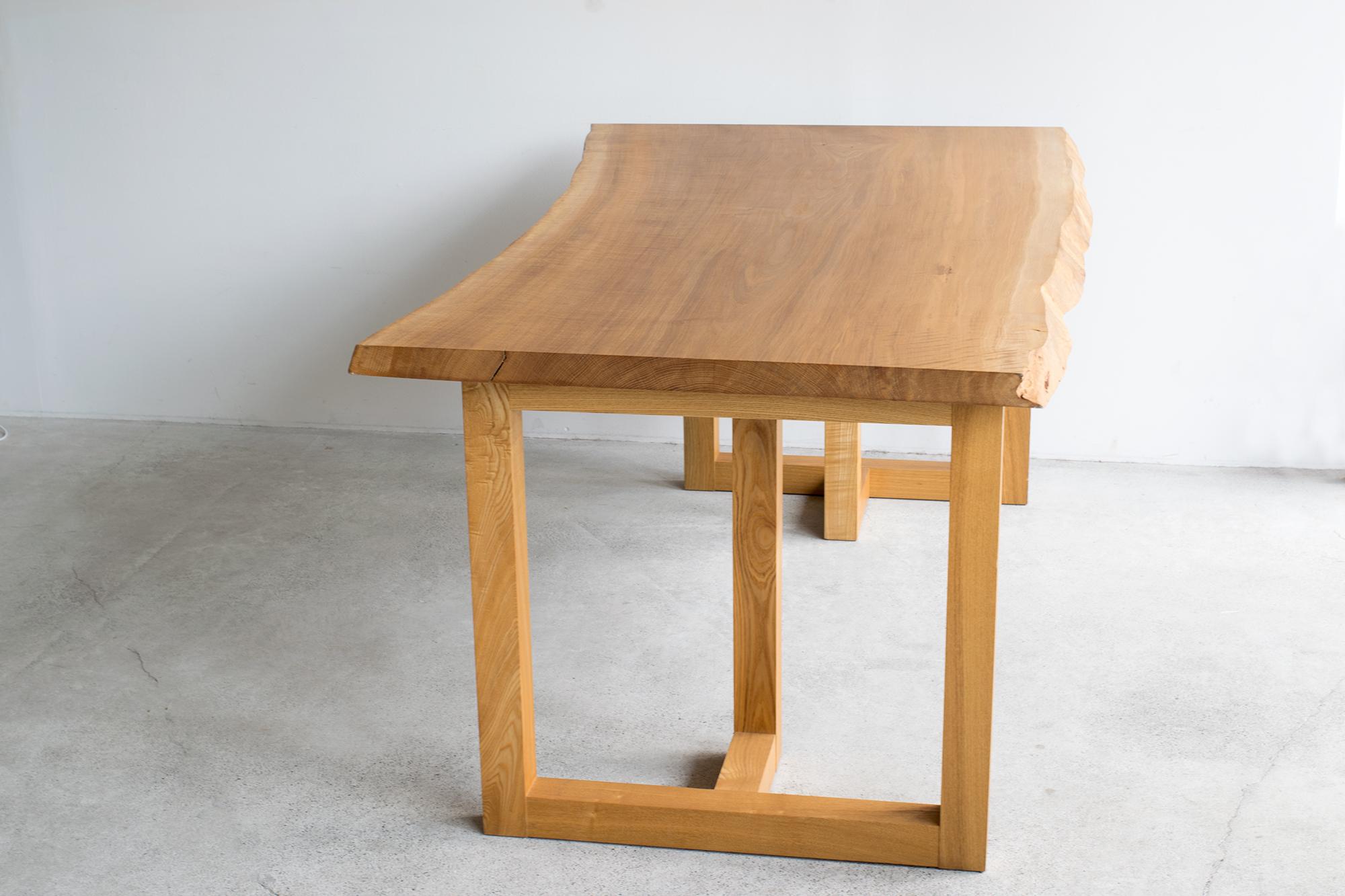 一枚板 N12-27 ナラ材天板 木口方向から