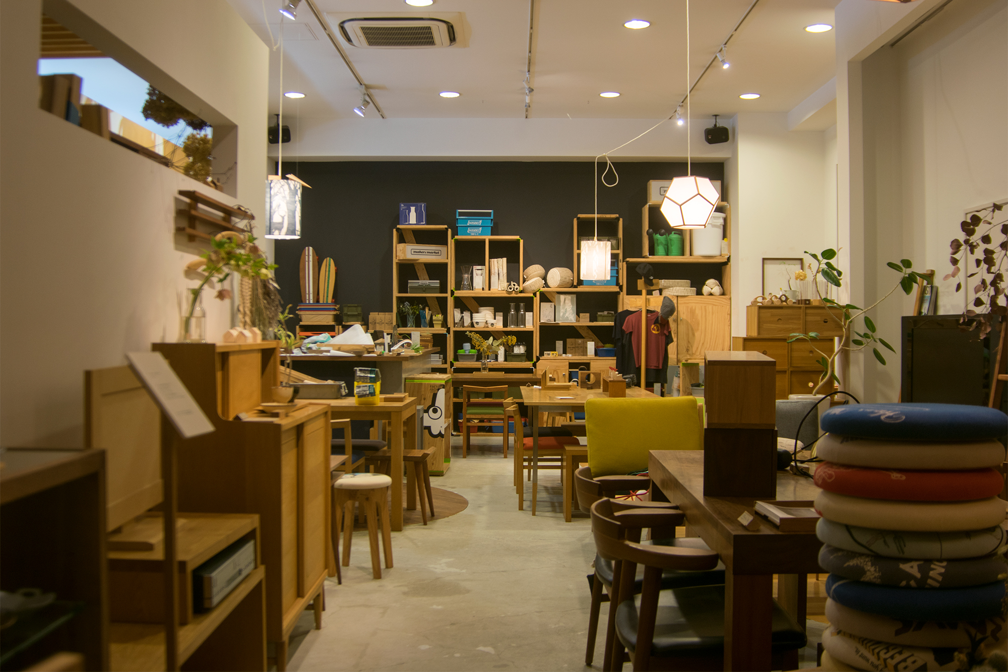 WOODWORK Welcom COFFEEのための改装工事中も店舗は通常通り営業します