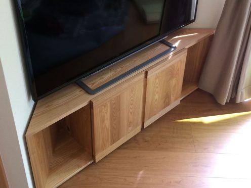 TANAコーナーテレビボード