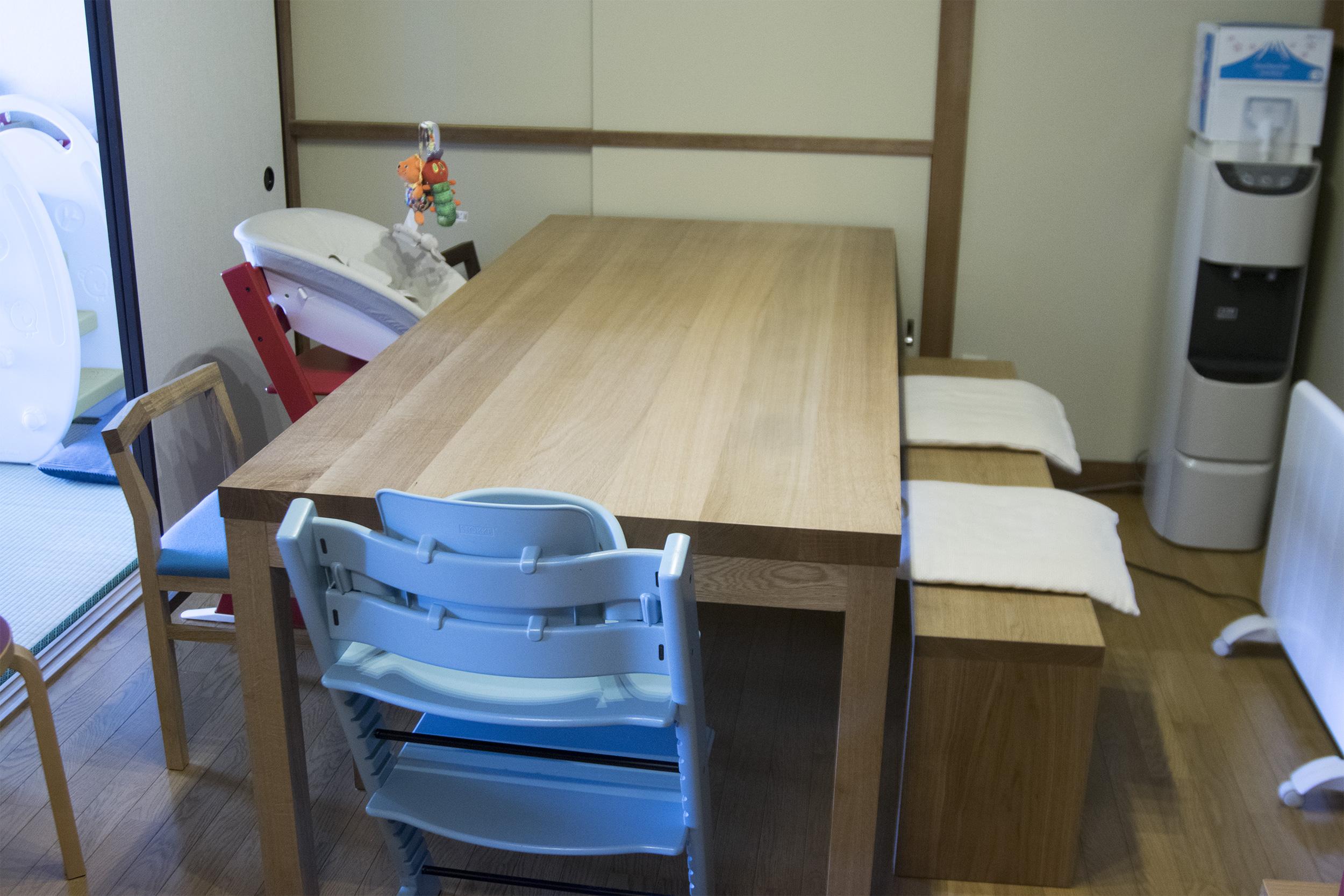 天板の厚みを特注していただいたスタンダードテーブル