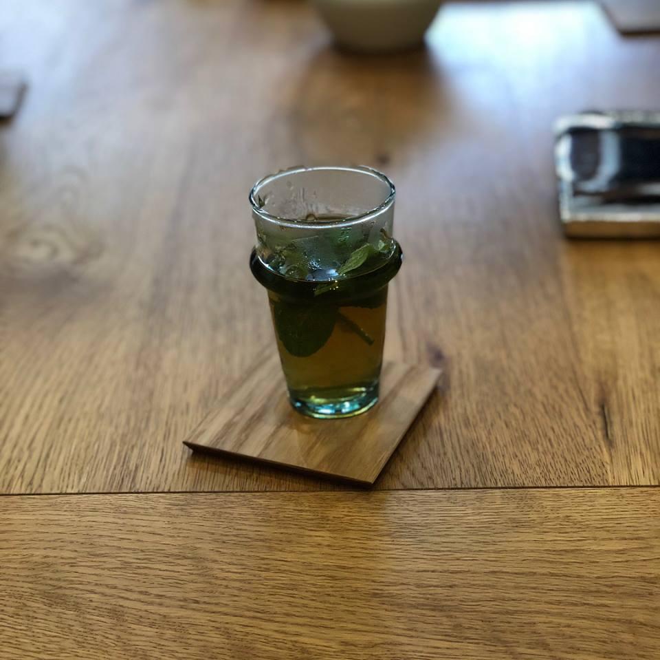 モロッコのミントティーグラス