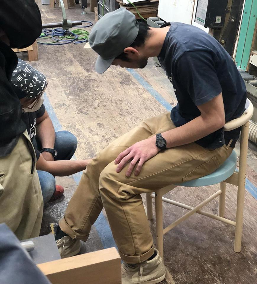新しい椅子の試作