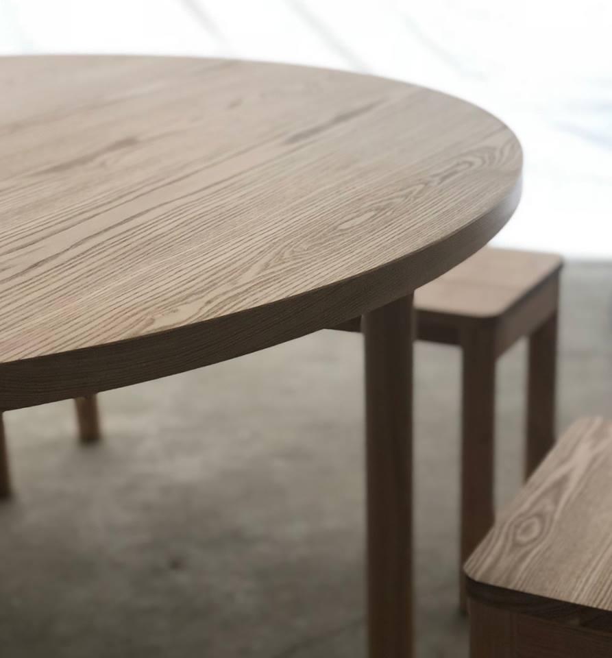WOODWORKの新しい家具 スタンダードテーブルR タイプ1