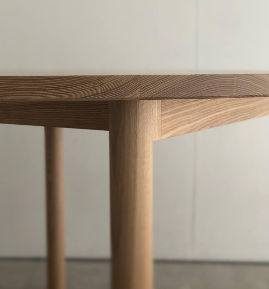 WOODWORKの新しい家具 スタンダードテーブルR