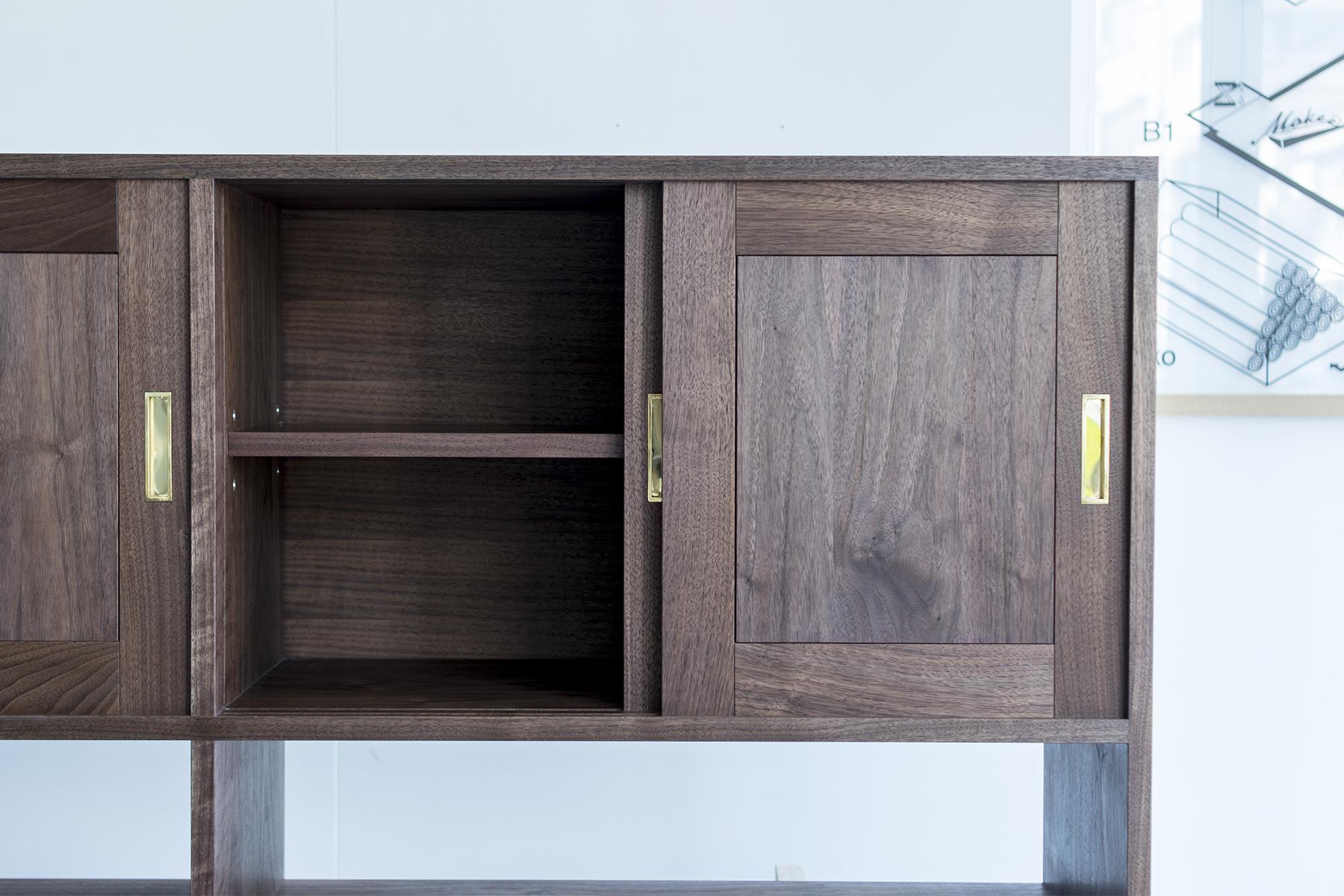 ご納品したTANA食器棚、吊戸棚部分
