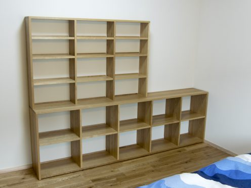 オーダー家具 ナラ材で製作したTANA本棚 ご納品の様子