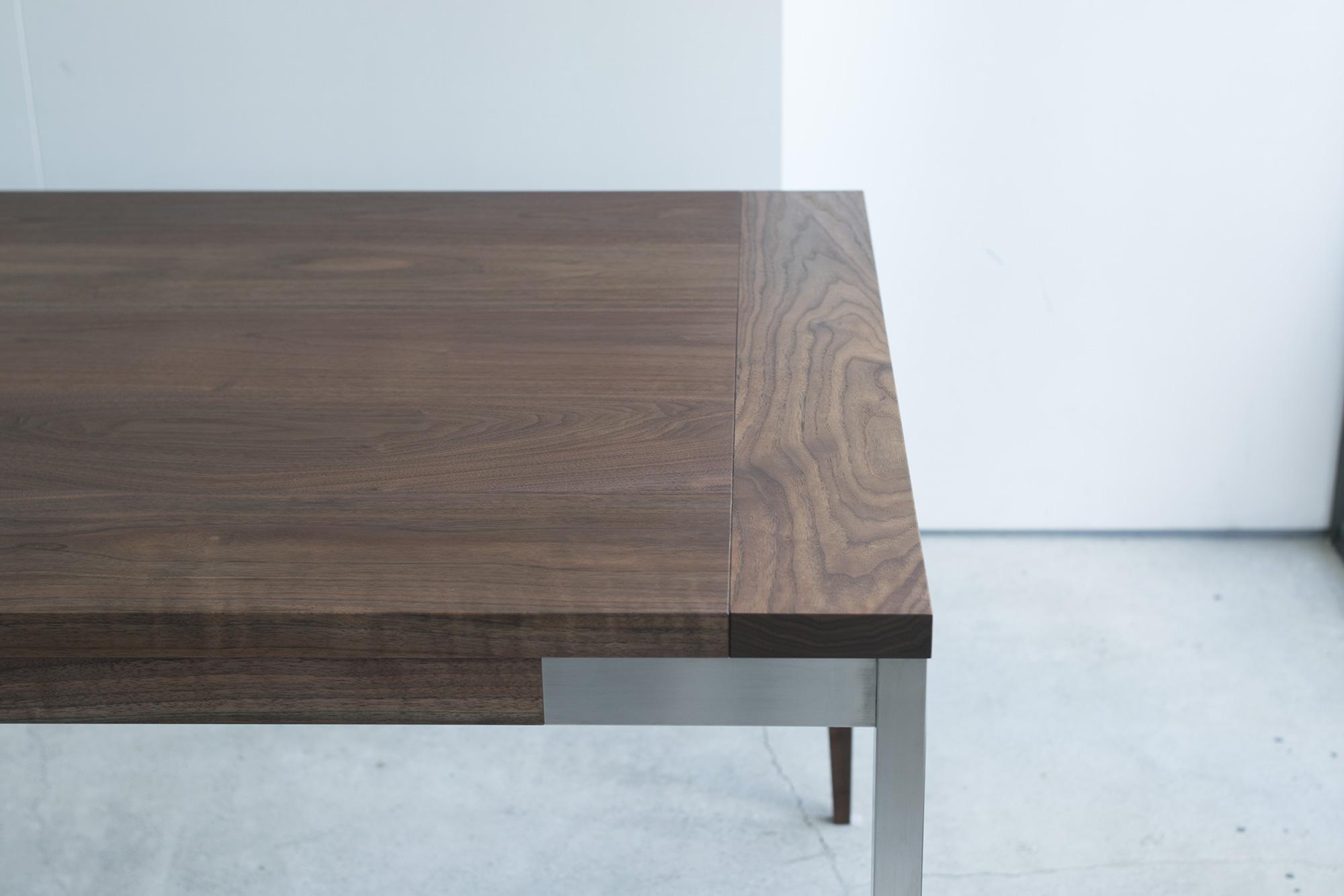 オルタナティブテーブル ウォールナット材天板のハシバミ