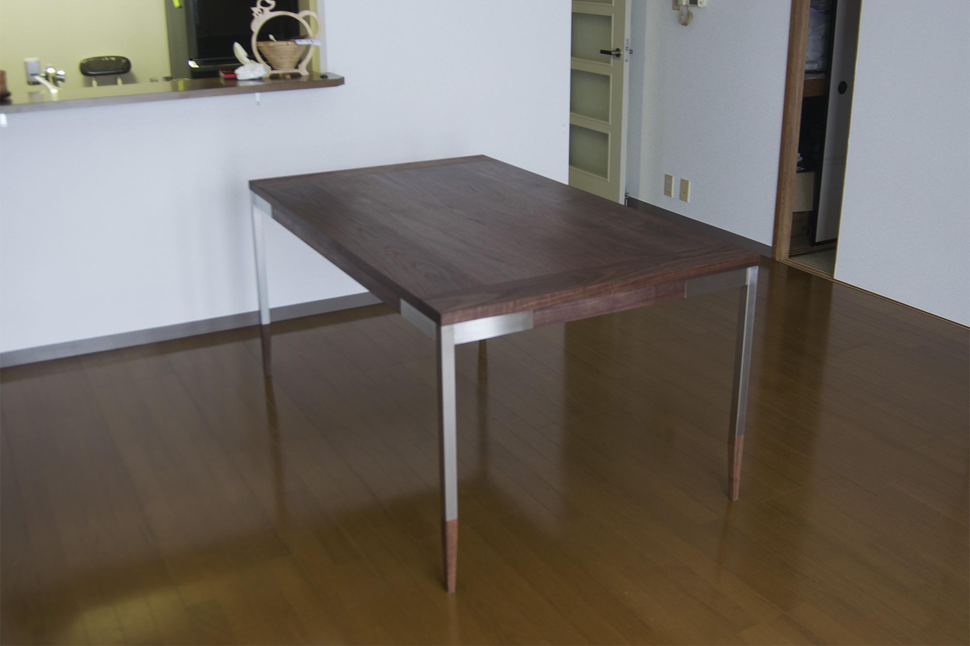 オルタナティブテーブル ご納品の様子