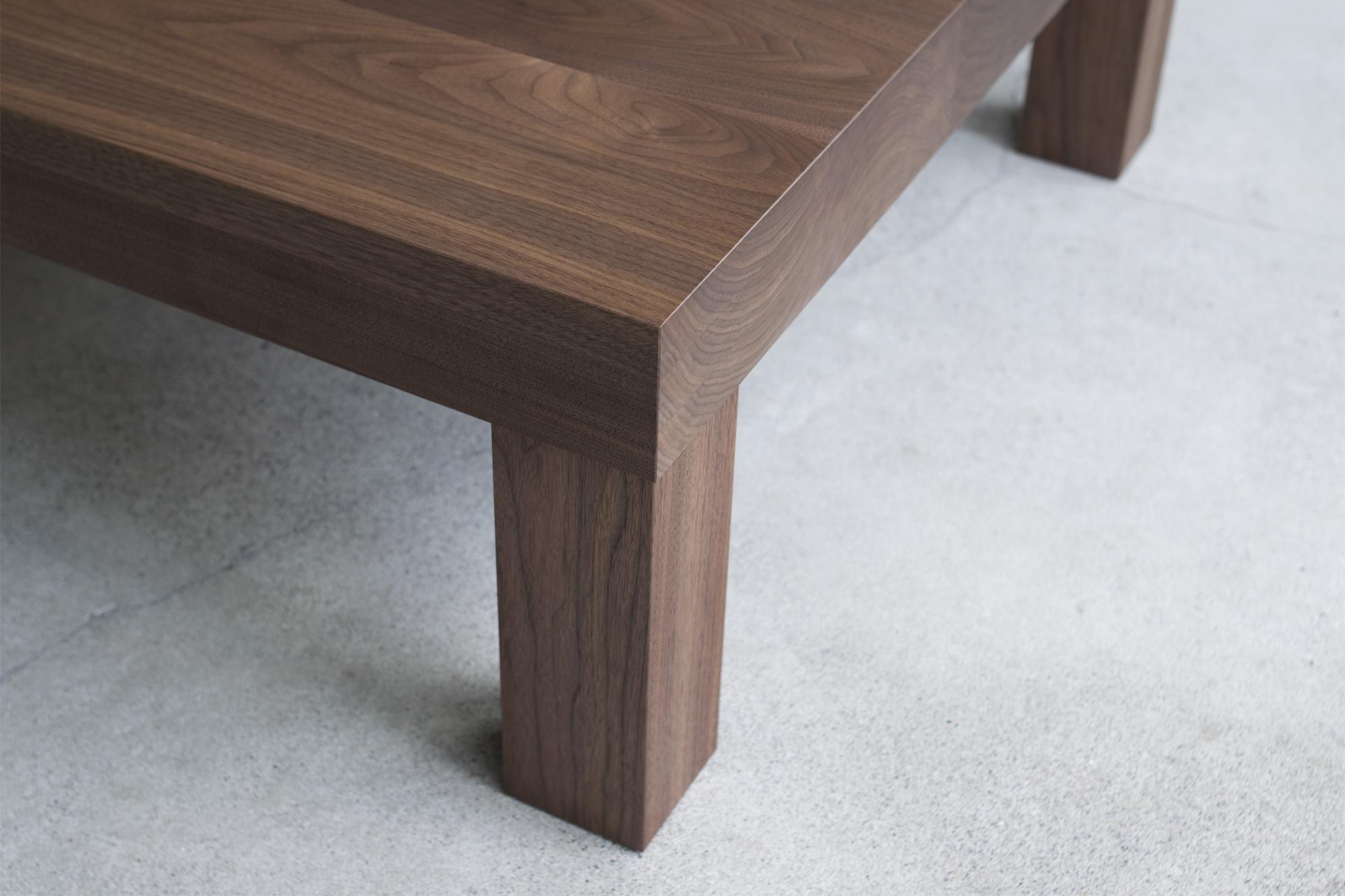 アッツテーブル 脚部は90mm角