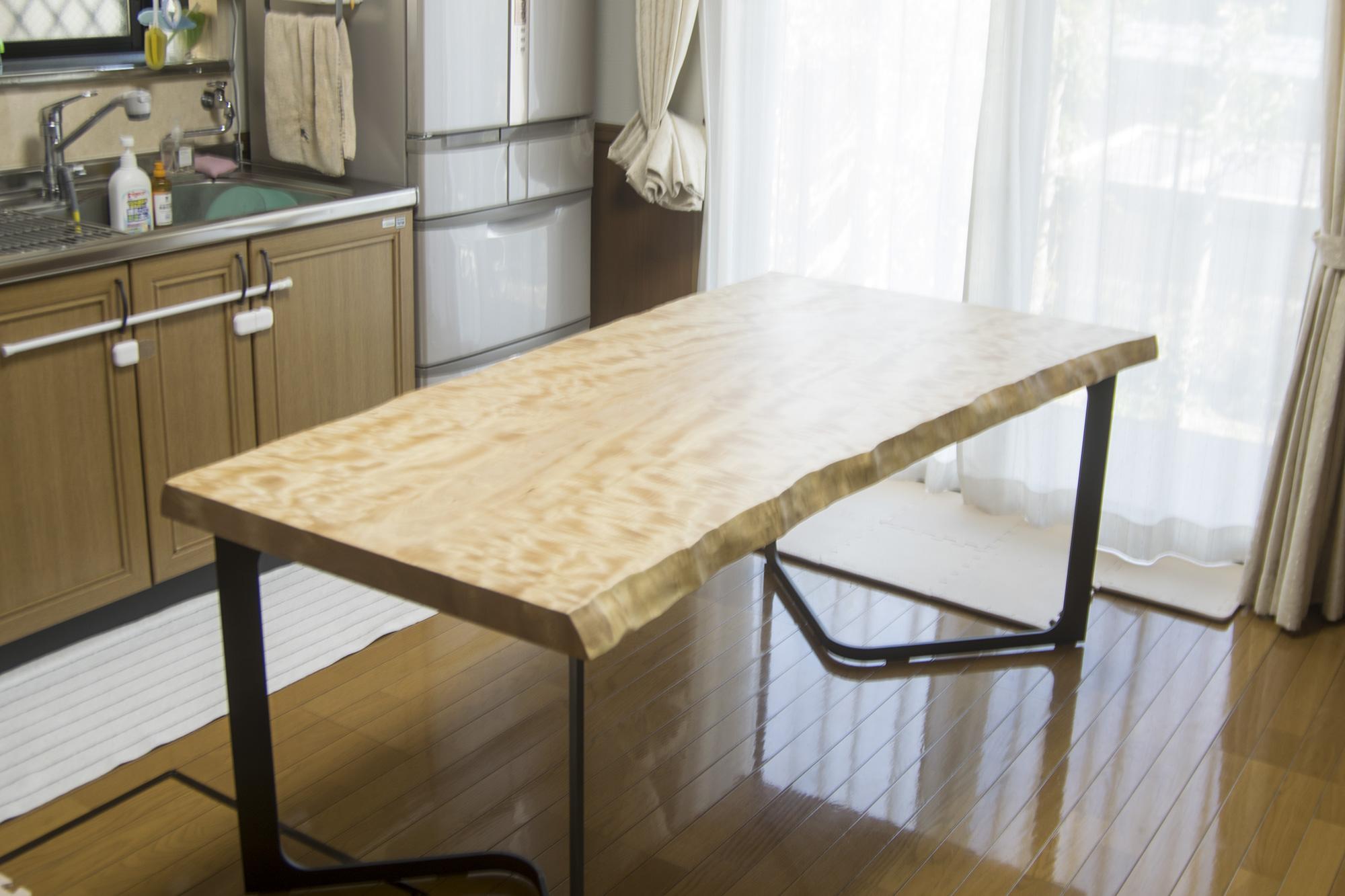 トチ一枚板天板テーブル 脚部のリメイク