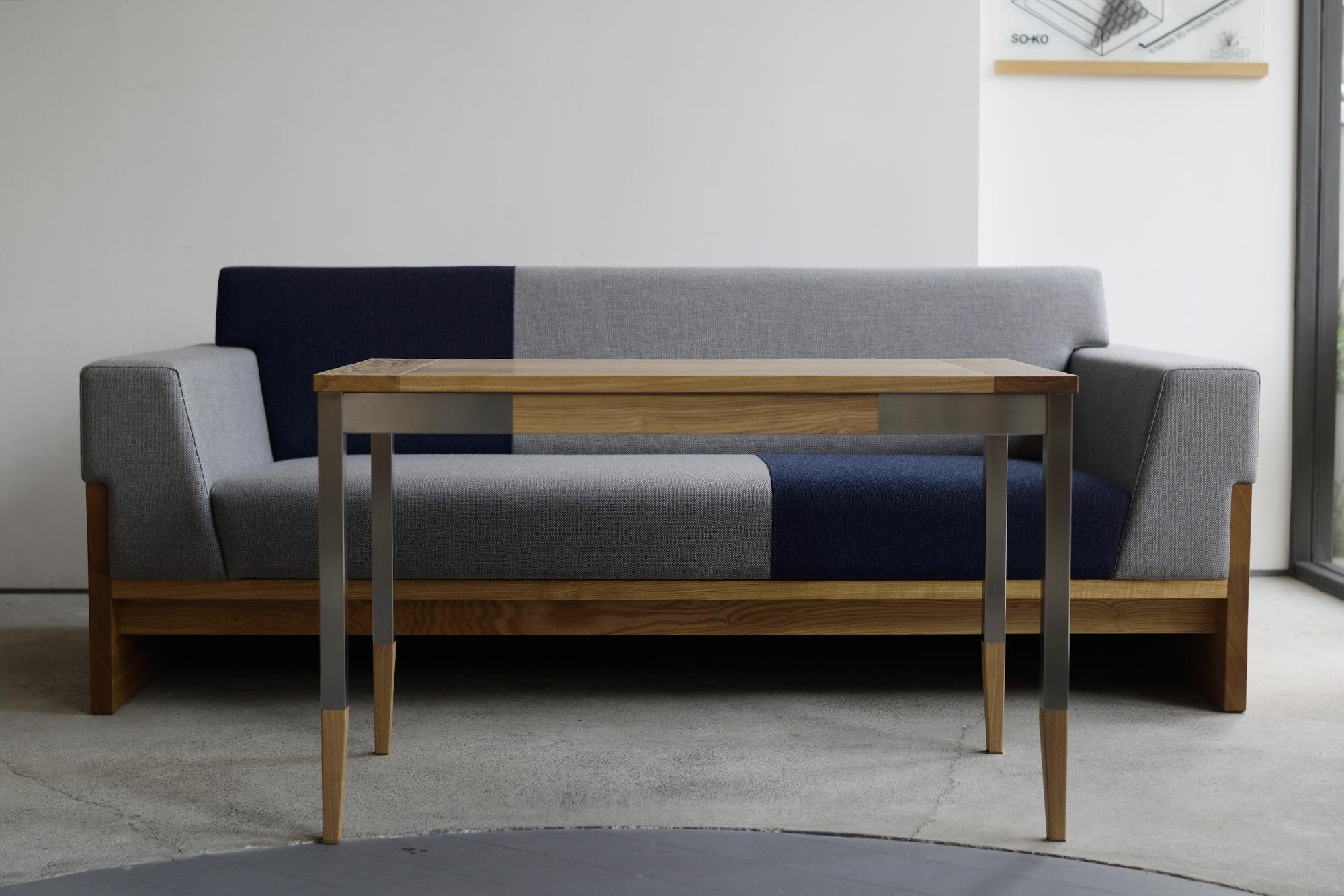 TONE sofaとオルタナティブテーブル