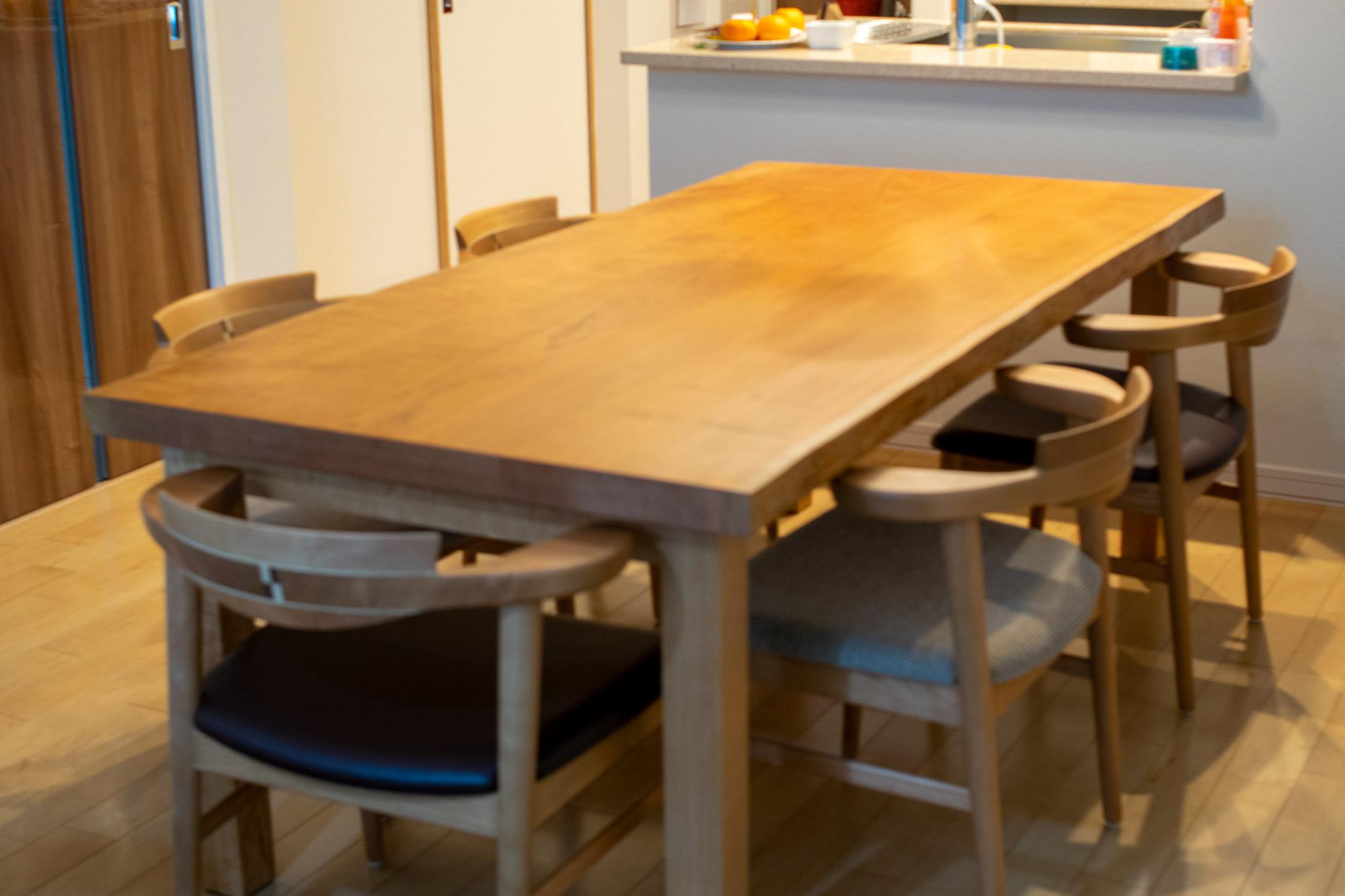 アメリカンチェリー無垢天板テーブル