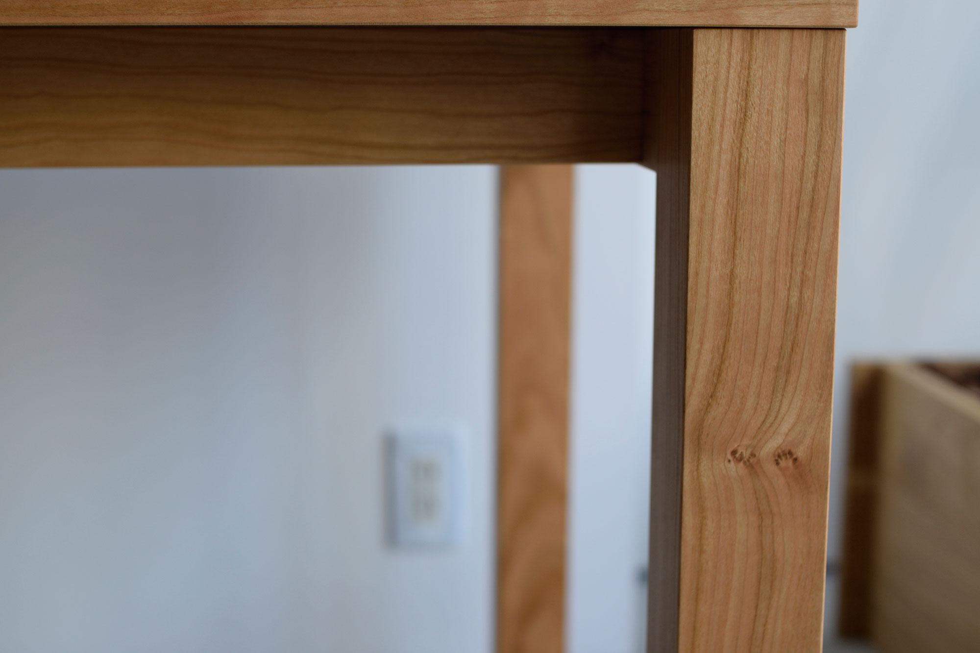 スタンダードテーブル 脚、幕板